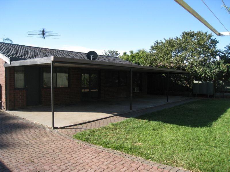 20 Vitana Court, Craigmore SA 5114