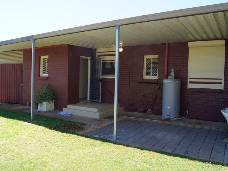 33 Old Sarum Road, Elizabeth North SA 5113
