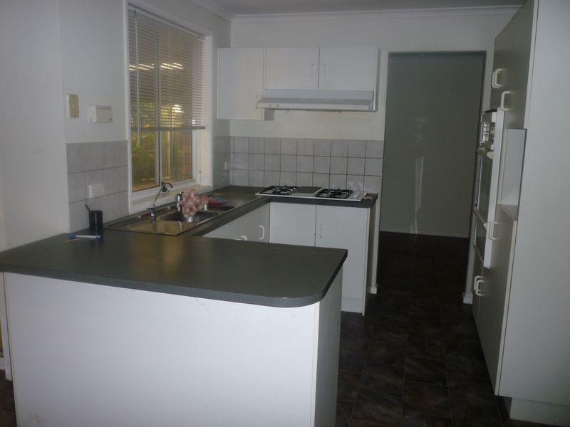 30 Uley Road, Craigmore SA 5114