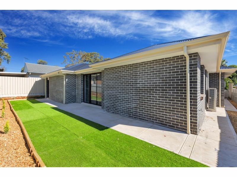 18b Todd Road, Para Hills SA 5096