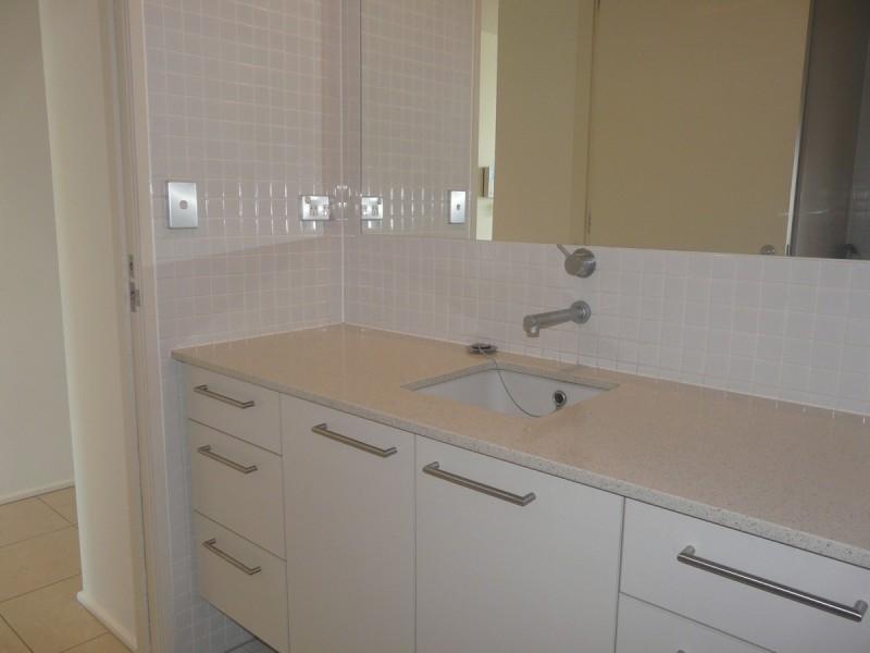 514/15 Vaughan Place, Adelaide SA 5000