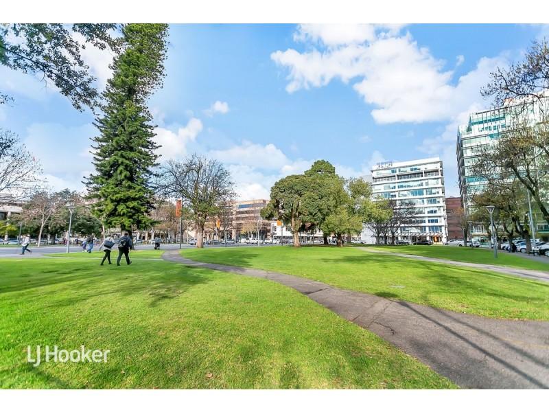 1706/47 Hindmarsh Square, Adelaide SA 5000