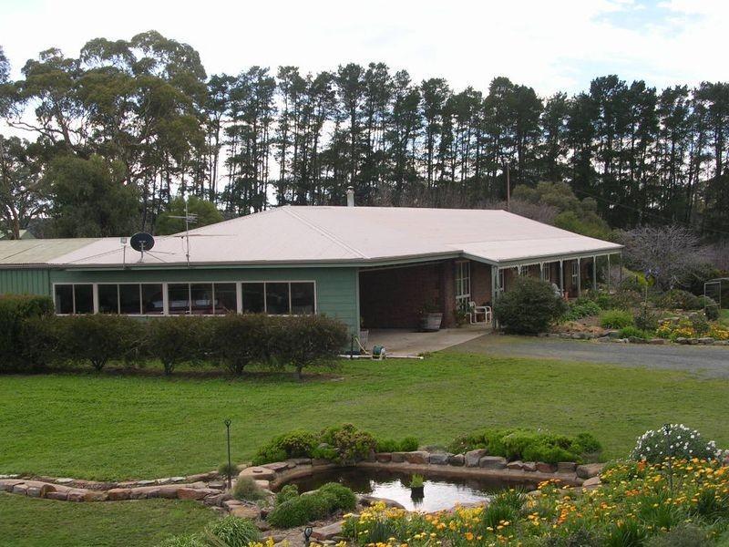 103 Carnells Boundary Road, Birdwood SA 5234