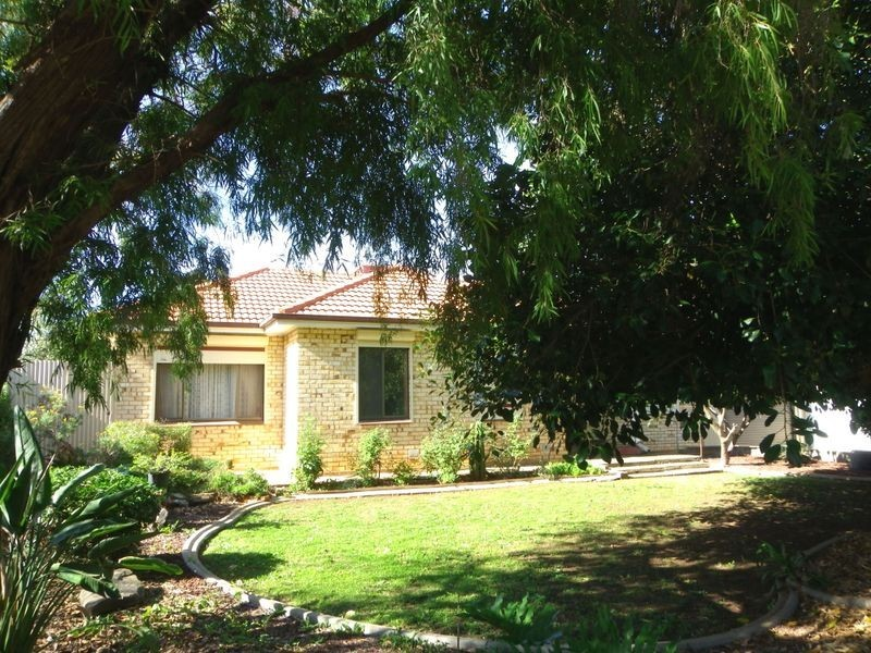 52 Peterswool Road, Elizabeth Park SA 5113