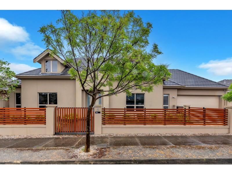 8 Scarratt Avenue, Firle SA 5070
