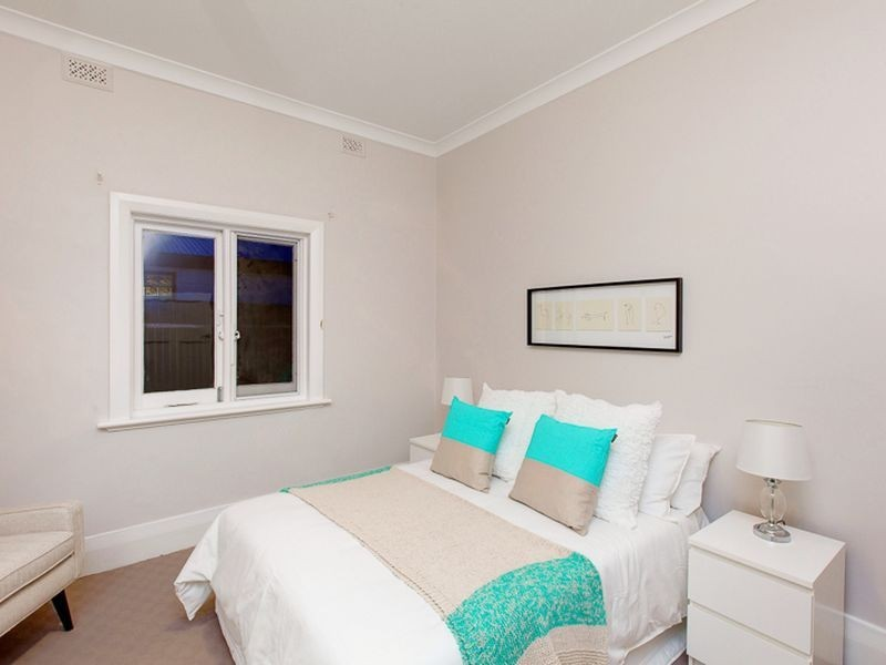18 Corinda Avenue, Kensington Park SA 5068