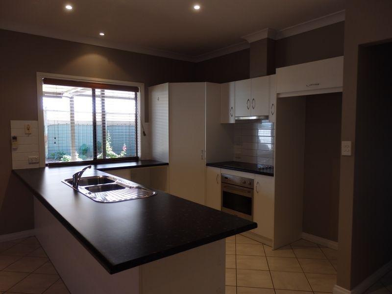 12 Strathoak Crescent, Strathalbyn SA 5255