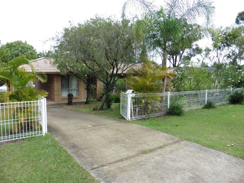 100 Benfer Road, Victoria Point QLD 4165