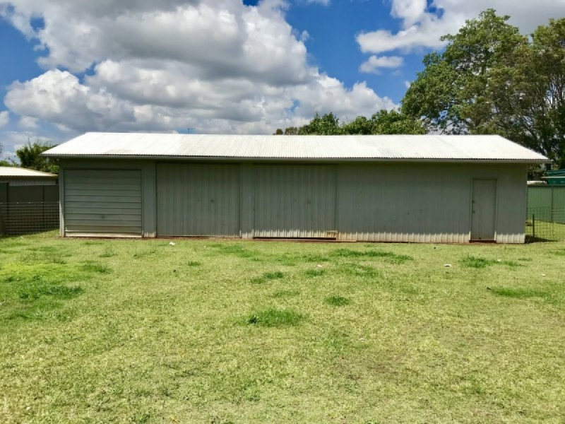 51 Thorne Road, Birkdale QLD 4159