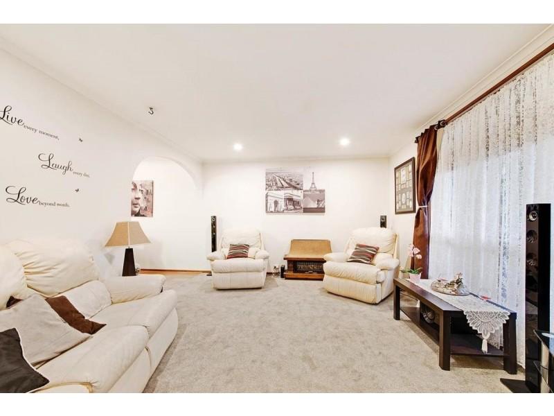 10 Curtin Avenue, St Agnes SA 5097