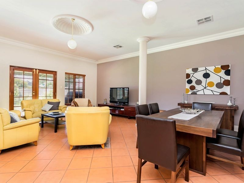 19 East Avenue, Allenby Gardens SA 5009