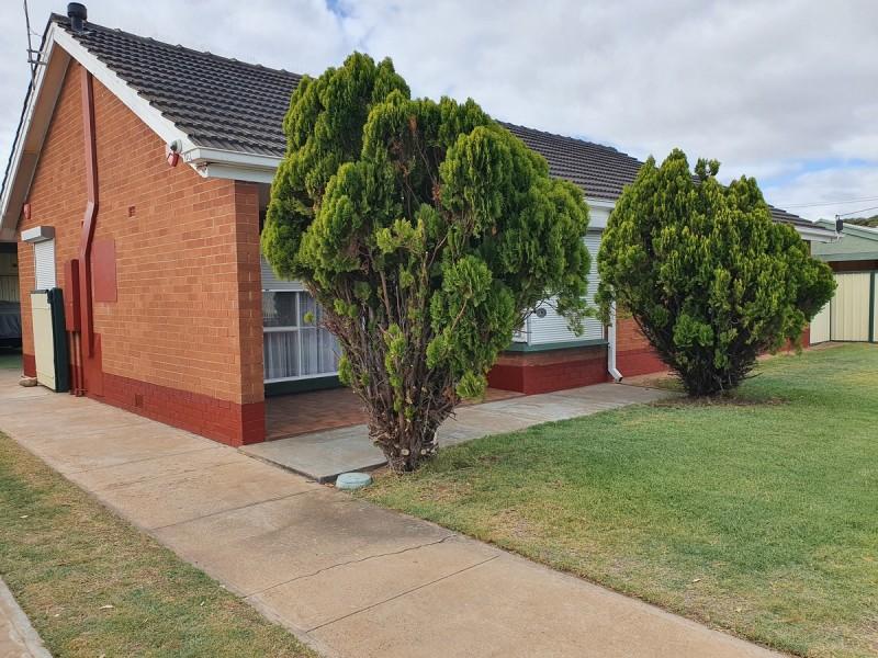 400 Victoria Road, Taperoo SA 5017