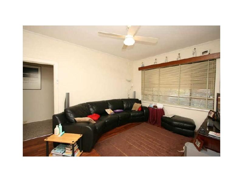 11 Osborne Street, Albert Park SA 5014