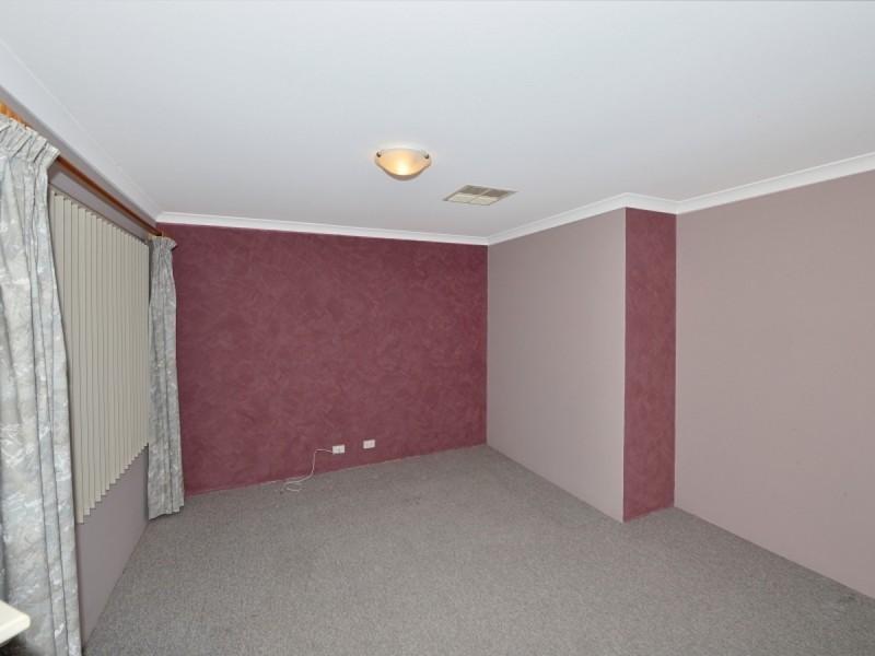 78 Templetonia Promenade, Halls Head WA 6210