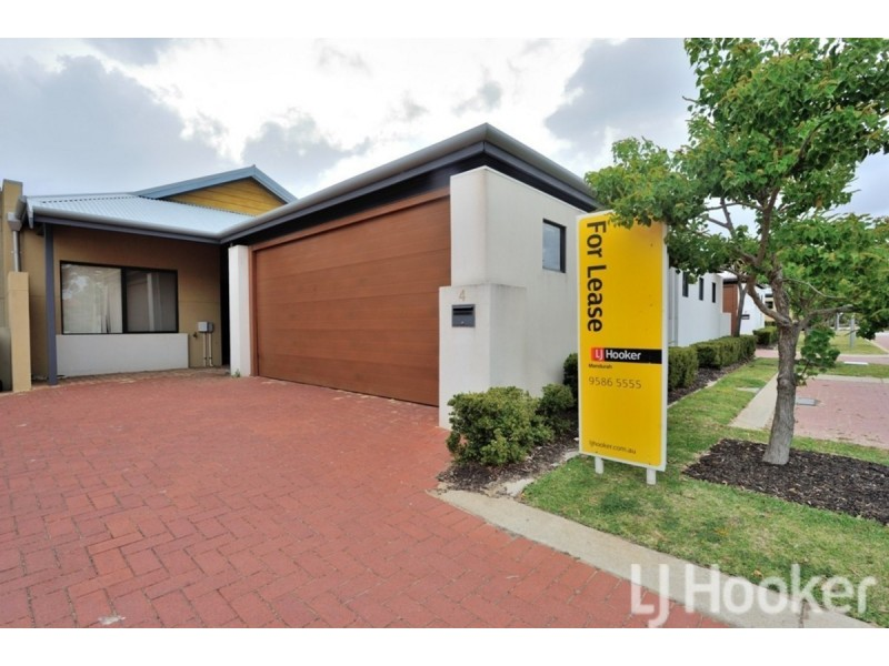 4/3 Piccolo Place, Halls Head WA 6210