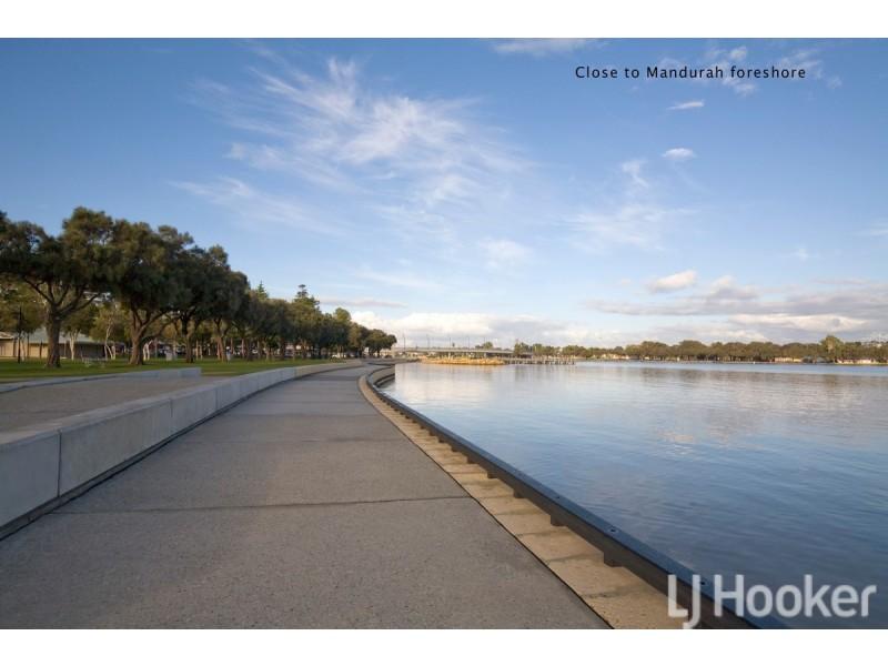 38 Mariners Cove Drive, Dudley Park WA 6210