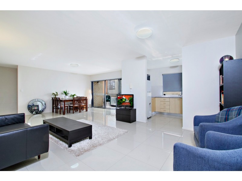 1/39 Kirkland Avenue, Coorparoo QLD 4151