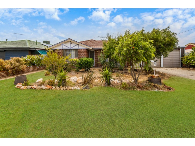 19 Solquest Way, Cooloongup WA 6168