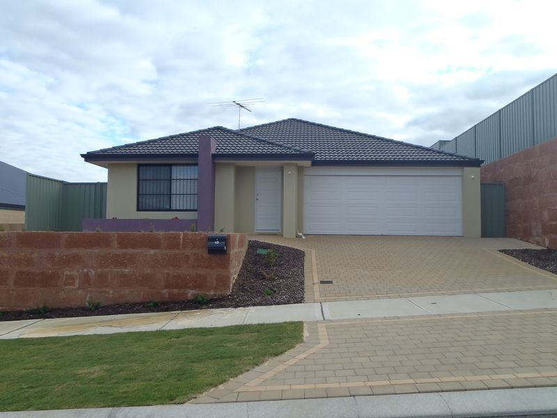 13 Searchers Crescent, Baldivis WA 6171