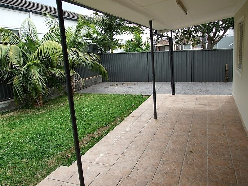 4 Caroline Street, Earlwood NSW 2206