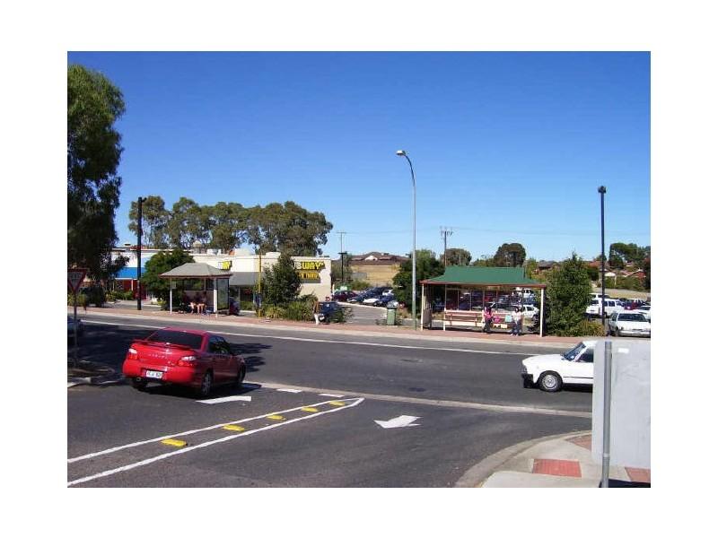 10 Jessica Street, Aberfoyle Park SA 5159