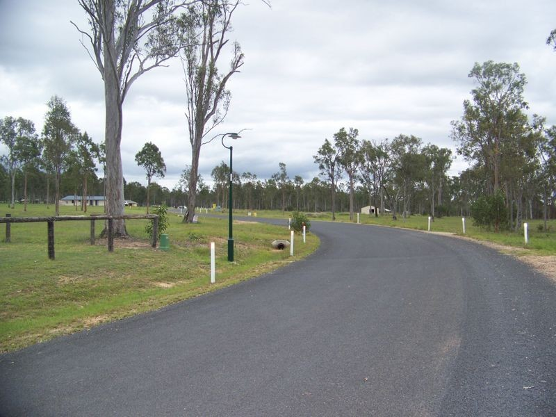6/ Legend Drive, Adare QLD 4343