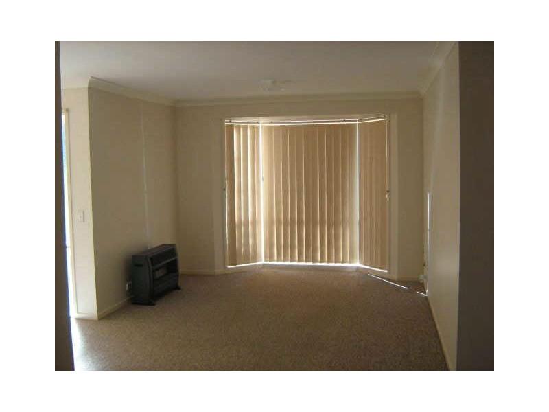 32 Orlick Street, Ambarvale NSW 2560