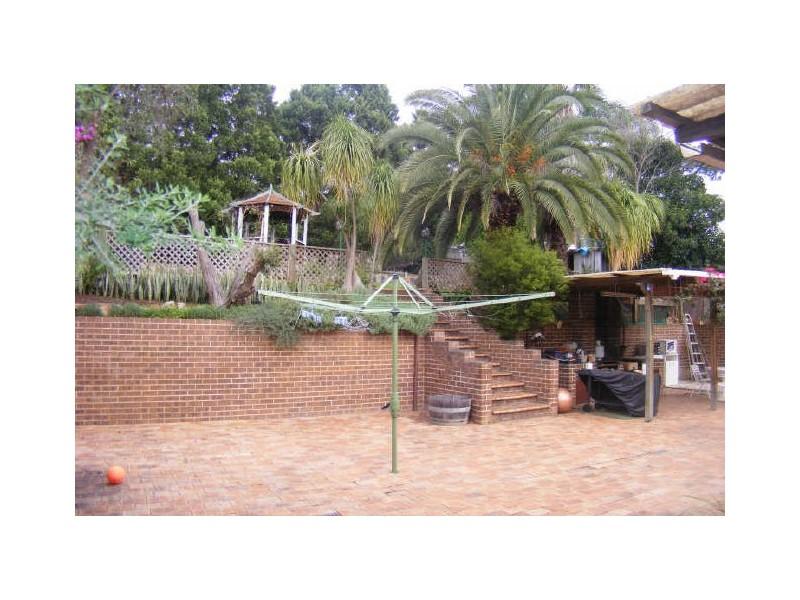 17 Mantalini Street, Ambarvale NSW 2560