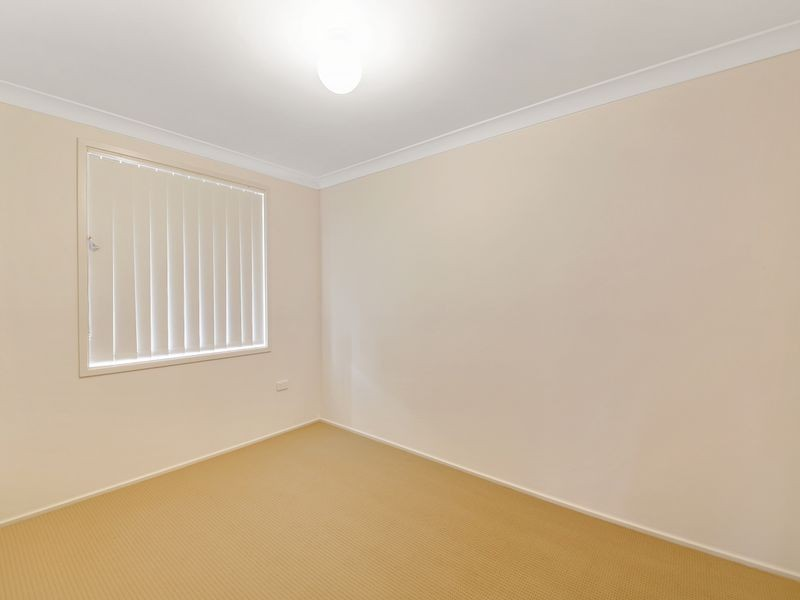 3 Gaspard Pl, Ambarvale NSW 2560