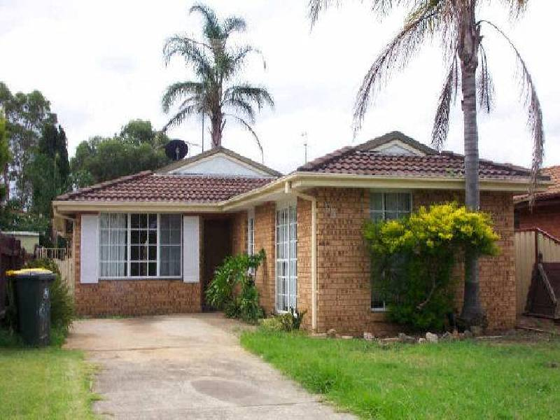 95 Potoroo Ave, Airds NSW 2560