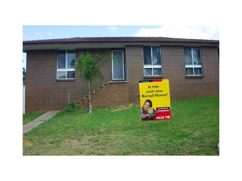 24 Holborn Street, Ambarvale NSW 2560