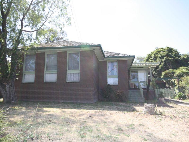 2 Jacaranda Road, Wheelers Hill VIC 3150