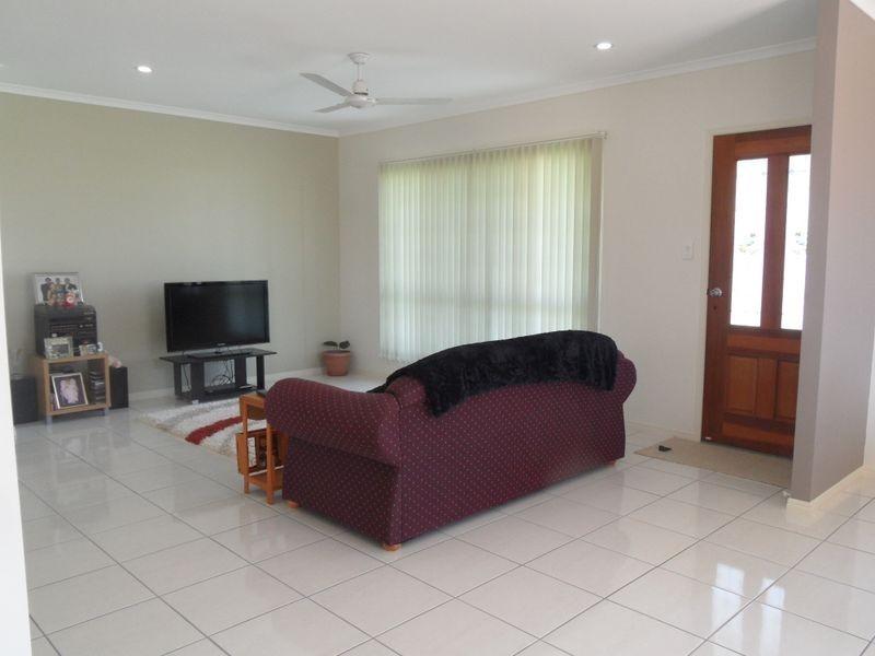 3 Horton Street, Biggenden QLD 4621