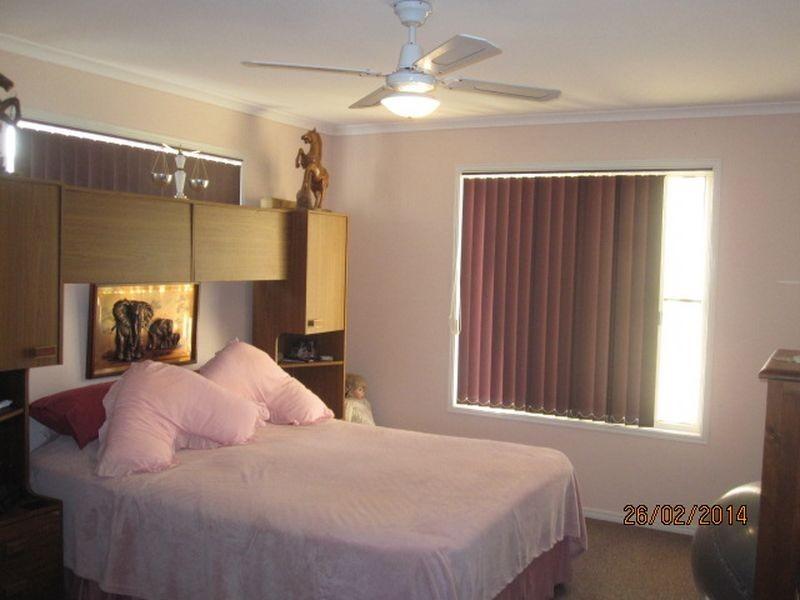 17 William Street, Biggenden QLD 4621