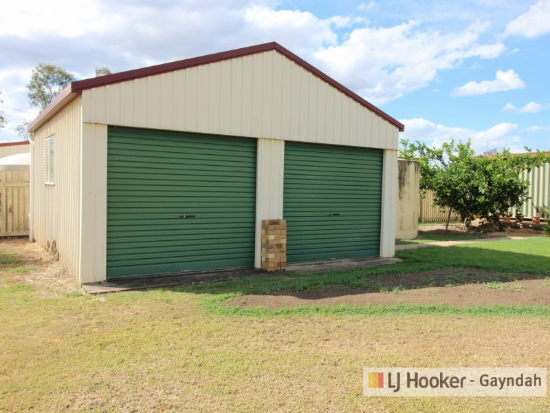 8 Richard Street, Biggenden QLD 4621