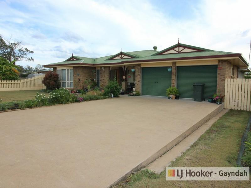8 Richard Street, Biggenden QLD 4621