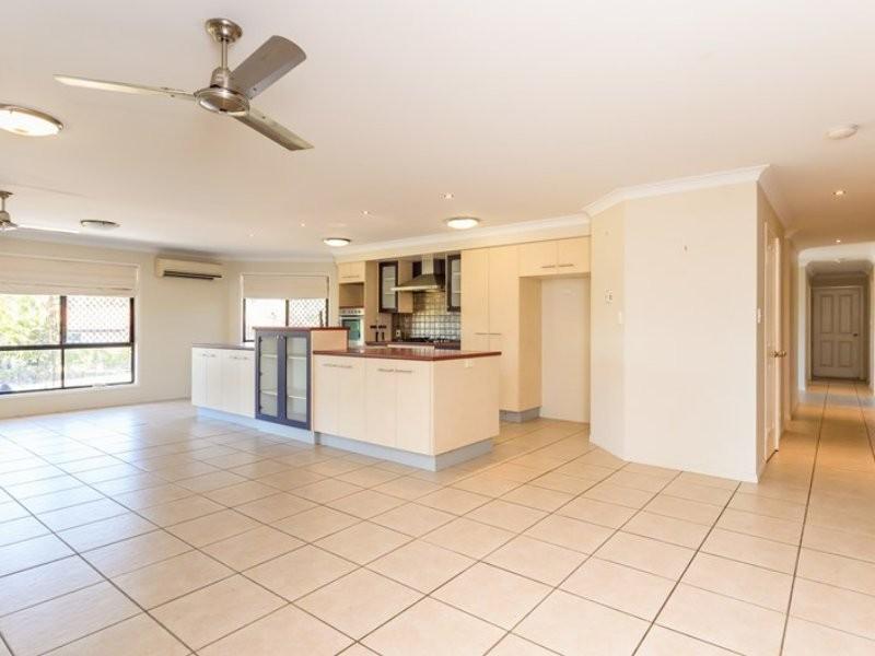 33 Dedekind Avenue, Benaraby QLD 4680