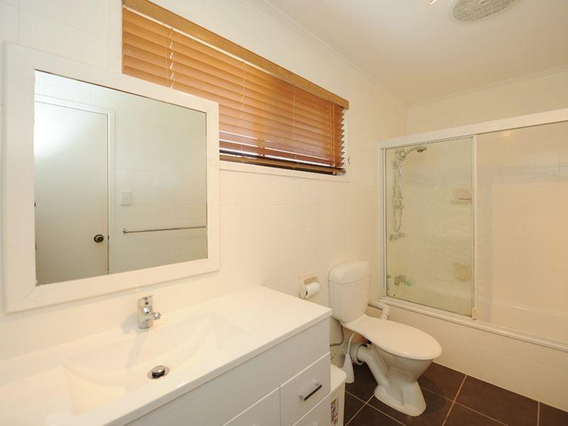 14 Atholl Court, Kin Kora QLD 4680