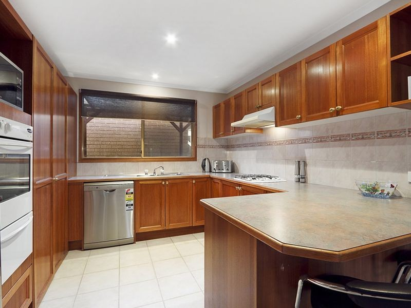 20 Kevin Close, Beaconsfield VIC 3807