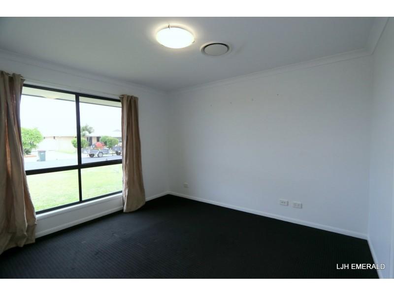 6 Spellman Street, Emerald QLD 4720