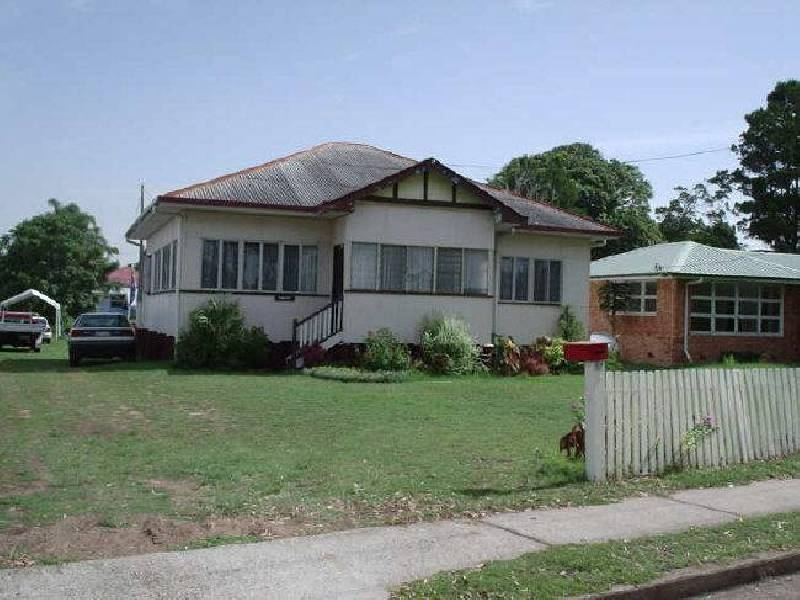 527 Esplanade, Urangan, Booral QLD 4655