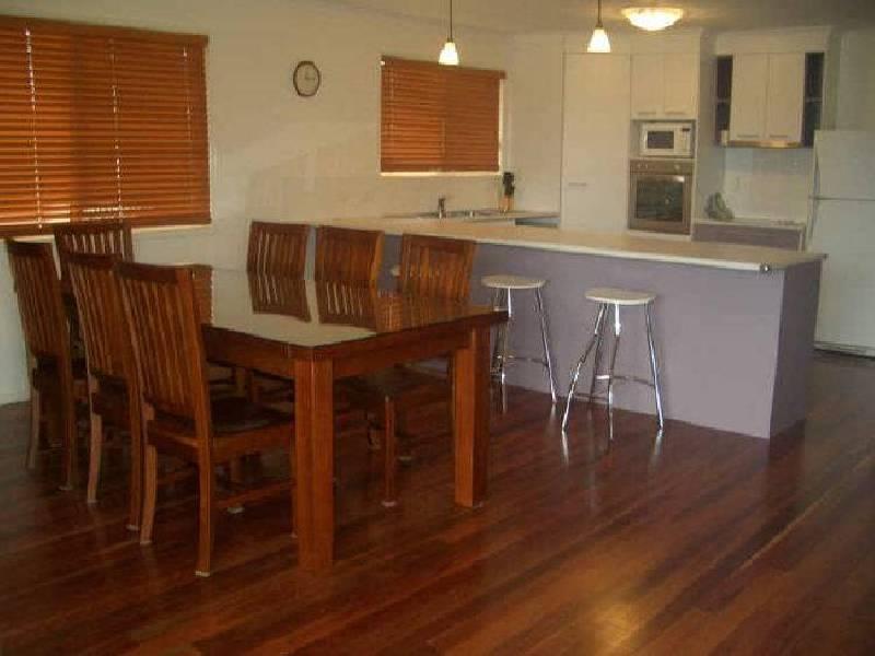 2/293 Torquay Terrace, Booral QLD 4655