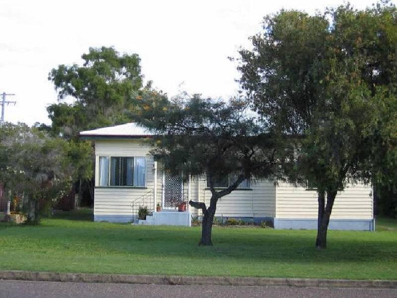 64 Dayman Street, Booral QLD 4655