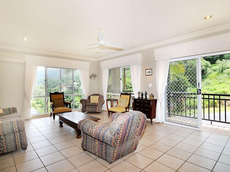 70 Summer Hill Drive, Mooroobool QLD 4870