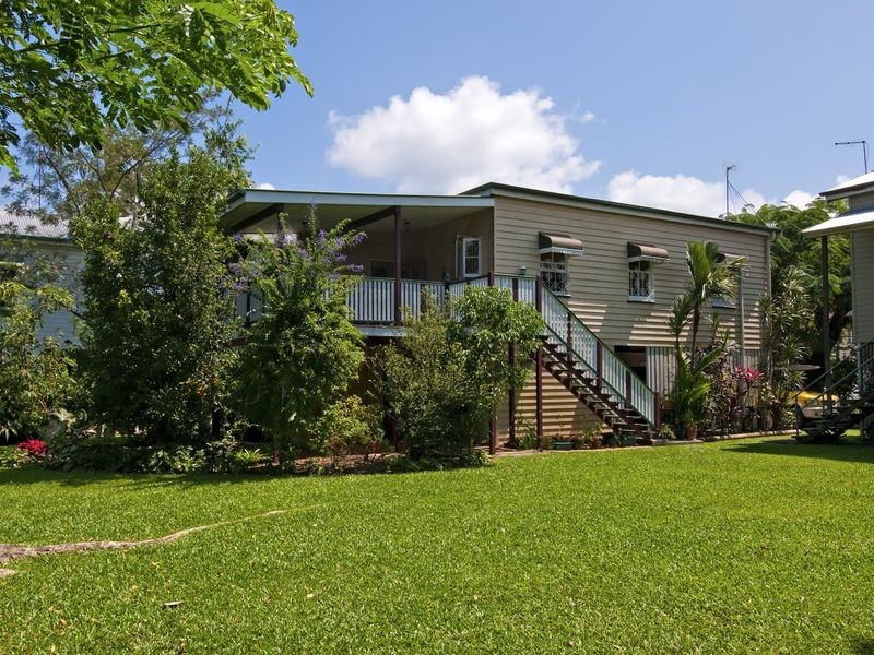 32/404 McCoombe Street, Mooroobool QLD 4870
