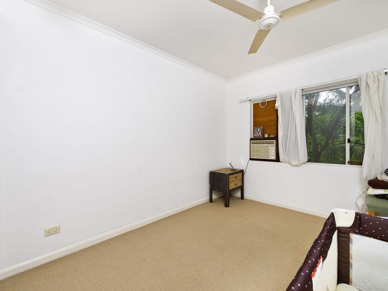 24/1 McGregor Street, Mooroobool QLD 4870
