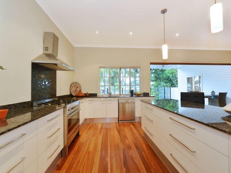 7 Hudson Street, Whitfield QLD 4870