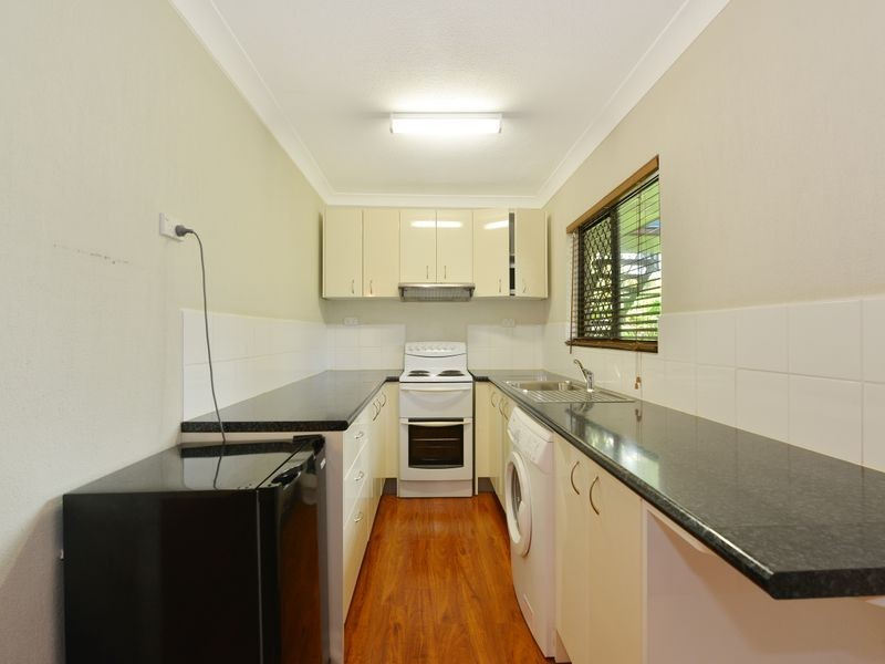 2/292 SHERIDAN ST, Cairns North QLD 4870