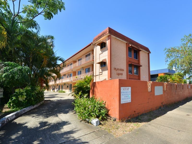 22/324 Sheridan Street, Cairns North QLD 4870