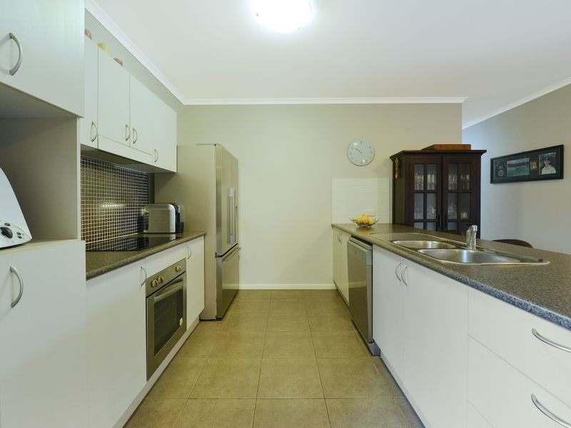 22 Cadell Street, Bentley Park QLD 4869